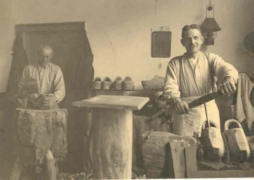 Klompenmaker Leenheer, Voorstraat